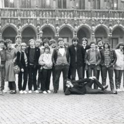 Leden van jeugdhuis 't Sloefke op Grote Markt te Brussel
