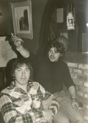 Rudy en Hans in Jeugdhuis 't Sloefke