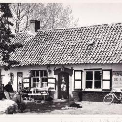 Café De Reisduif in Hansbeke
