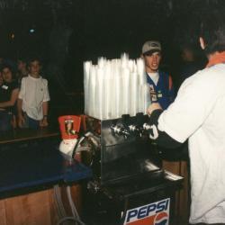 Stuntnacht 1997, fuif voor veel KSA'ers en vrijwilligers