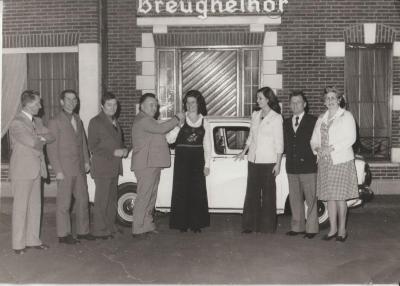 De familie Van Driessche wint een auto