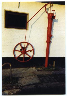 Manueel aangedreven pomp voor het oppompen van vloeibare mest