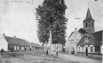 Dorpplaats richting Pont-Noord, Zevergem