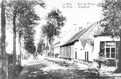 Baron de Gieylaan, hoek met Kerkplein, De Pinte