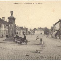 de Markt met hondenkar 1910
