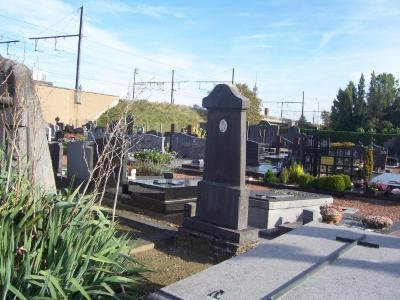 Oorlogsgraf Henri Verbeke op begraafplaats van Petegem-aan-de-Leie