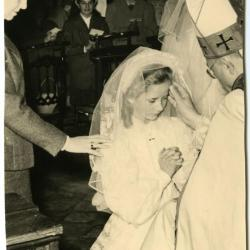 Vormsel Bachte-Maria-Leerne in 1957.