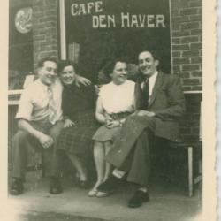 Café 'Den Haver' op de wijk Eke-Landuit