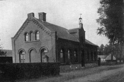 De gemeenteschool langs de Latemstraat