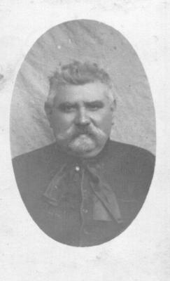 Schrijnwerker en kadermaker David Van Speybroeck
