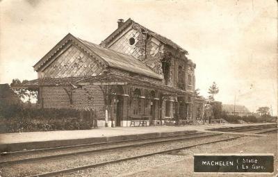 Het vernielde station van Machelen-aan-de-Leie