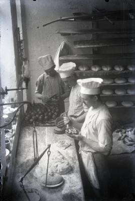 Gentse bakkerij door de lens van Leon Lampens