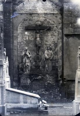 Muur linkerzijde oude Eekse kerktoren