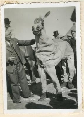 Verkleedpartij Reuzenstoet Gavere 1948