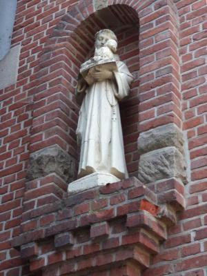 Sint-Antonius van Padua aan het Gaverse gemeentehuis
