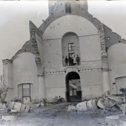 De afbraak van de oude Eekse Sint-Amanduskerk