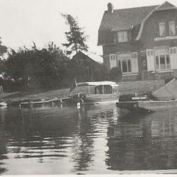 Het veer tussen Sint-Martens-Latem en Baarle anno 1933
