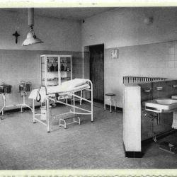 Een labo in het Deins Sint-Vincentiusziekenhuis