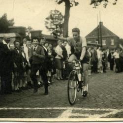 Cafébaas Ivan Van De Velde ooit coureur