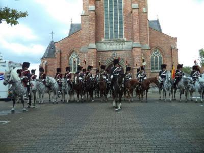 De Koninklijke Escorte te paard in Nazareth-Eke