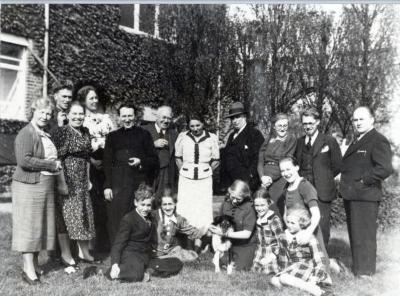 Constant Permeke viert zijn 50e verjaardag