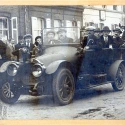 De eerste auto in Nazareth