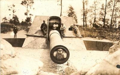 Alfons De Smet in de loop van een kanon