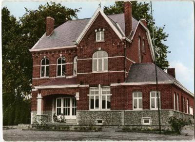 Het oude gemeentehuis van Machelen-aan-de-Leie