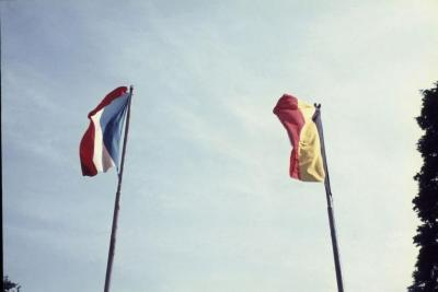 Diareeks van de jaarlijkse herdenking aan het Frans kerkhof te Machelen-aan-de-Leie