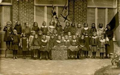 Dankbetuiging van de Machelse meisjesschool n.a.v. het beëindigen van W.O.I