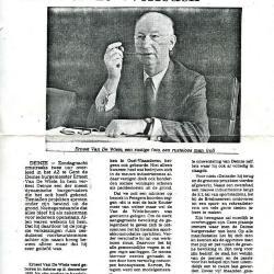 Krantenartikels n.a.v. het overlijden van burgemeester Van De Wiele