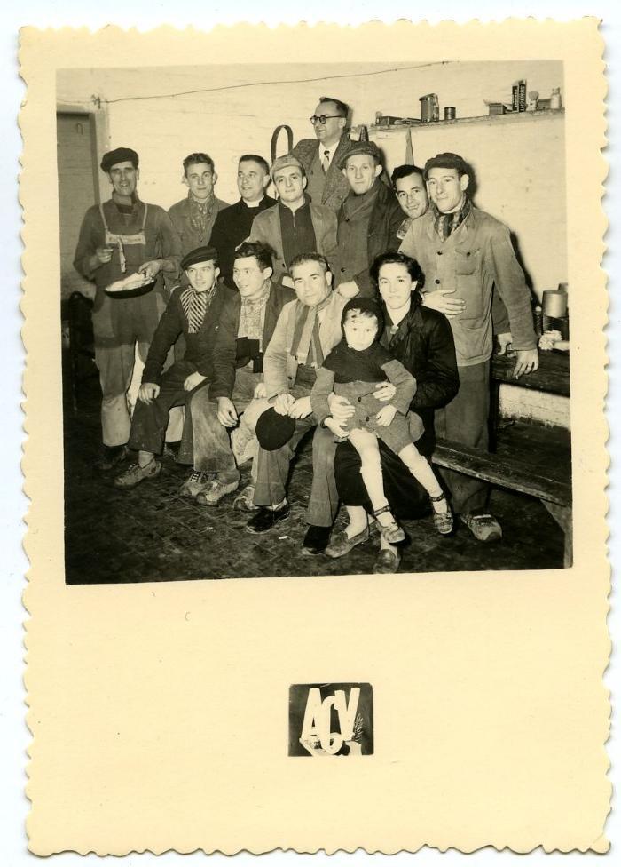 De mannen van de pressen uit de suikerfabriek van Wavignies (Fr.)