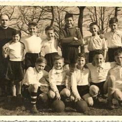 Jeugdvoetbalploeg 'De Kruistochters' Nazareth