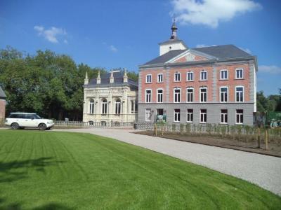 Het gerestaureerde kasteel Borgwal