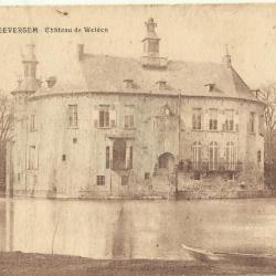 De achterzijde van het kasteel van Zevergem