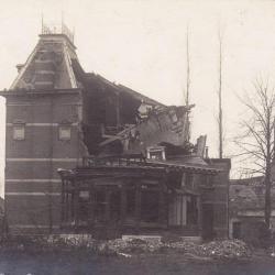 Het vernielde kasteeltje van de familie de Borchgrave